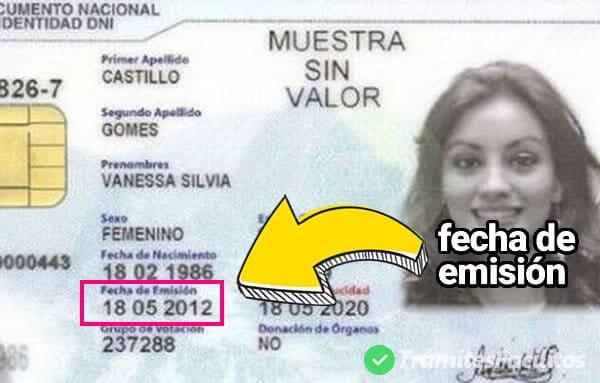 Ubicación de la fecha de emisión en el DNI electrónico de Perú